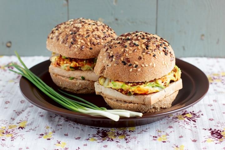 vegetarian-burgers-wholegrain-buns-tofu-vegetable-188282615