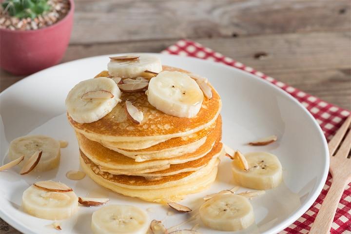 Almond and banana pancake
