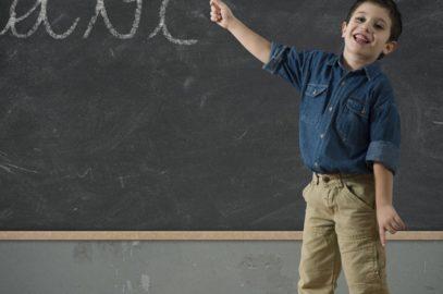 बच्चों की लिखावट (हैंडराइटिंग) सुधारने के 10 तरीके | Baccho Ki Handwriting Kaise Sudhare