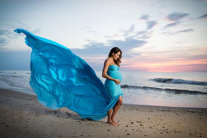 Maternity Photoshoot Ideas in Hindi