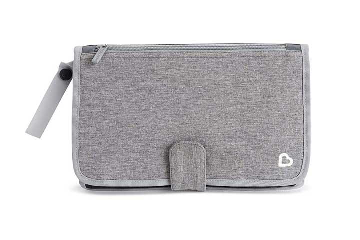 Munchkin Portable Diaper Changing Kit