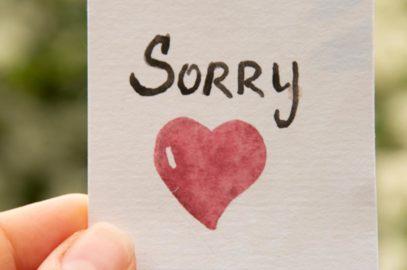 85+ गर्लफ्रेंड के लिए सॉरी शायरी, मैसेज, स्टेटस व कोट्स  | Sorry Shayari, Status, Messages And Quotes For Girlfriend In Hindi