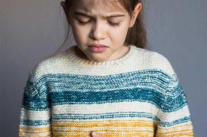 बच्चों में अपेन्डिसाइटिस के लक्षण व इलाज | Appendicitis In Children In Hindi