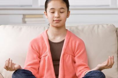 बच्चों में आत्म-नियंत्रण को विकसित करने के 10+ टिप्स | Tips To Teach Self-Control In Children In Hindi